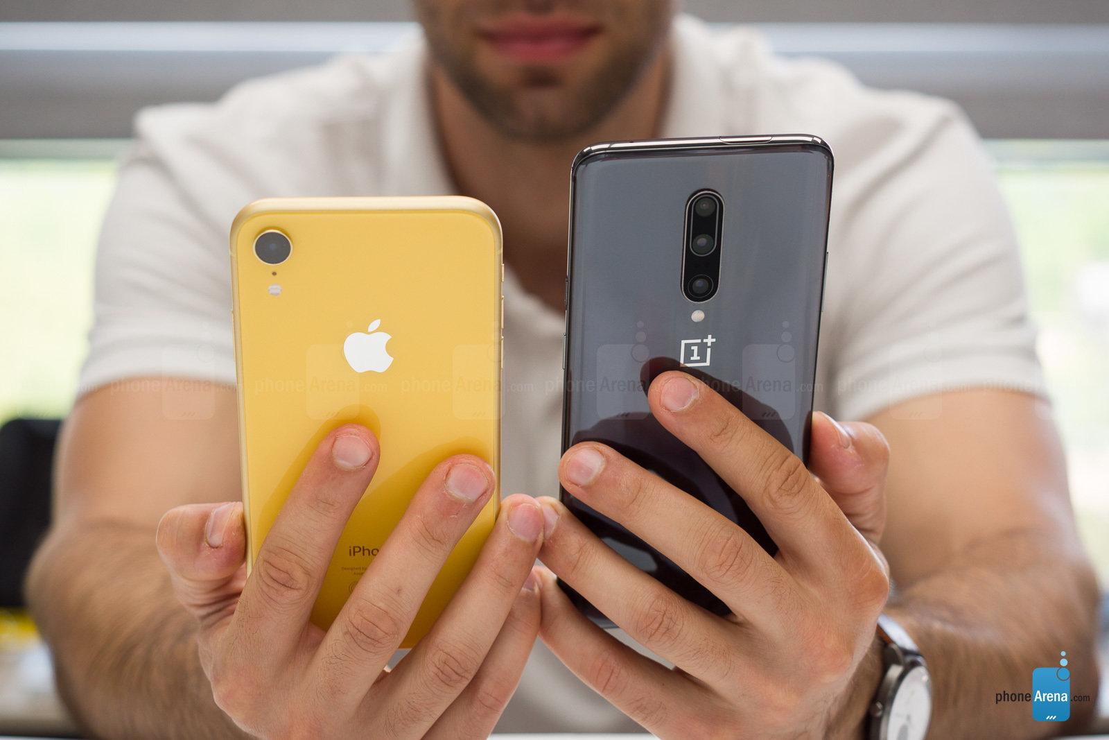 پایان همیشگی جدال قدرتمندان اندروید و آیاواس، OnePlus 7 Pro یا iPhone XR