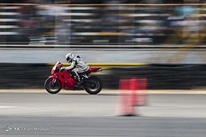 اولین مرحله مسابقات موتور ریـس قهرمانی کشور