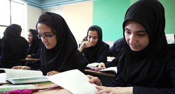 کاهش سن بلوغ دختران به مدت ۲ سال کاهش پیدا کرده است/ خانوادهها دورههای آموزشی مربوط به بلوغ جسمی میبینند