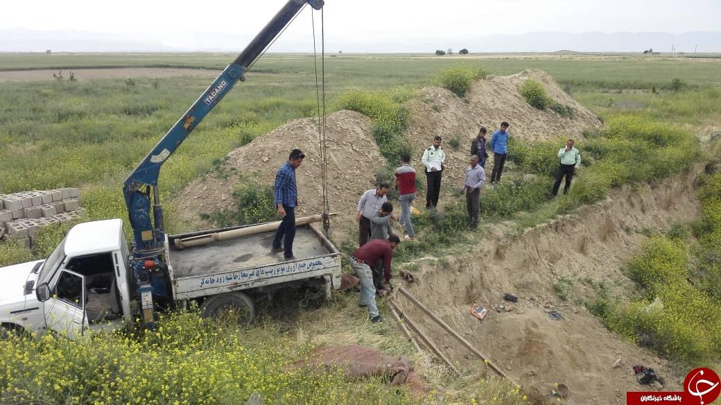 توقیف ۳ دستگاه حفاری و خودروی برداشت غیر مجاز در فارس