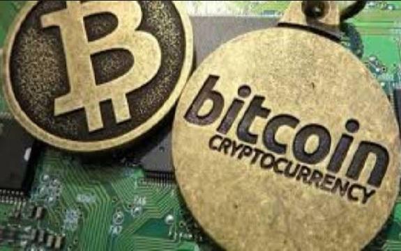 کشف ۴۹۸ دستگاه تولید ارز دیجیتال قاچاق در استان مرکزی