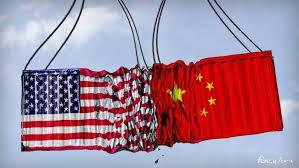 چینیها گوشیهای آیفون خود را به سطل زباله انداختند