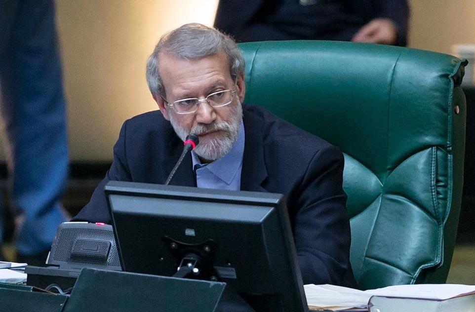 لاریجانی: کمیسیون آموزش فعالیت مدارس لاکچری در تهران را پیگیری کند