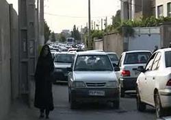 بلاتکلیفی خیابان ۲۰ متری امام زاده حسین رضا(ع) در ورامین + فیلم
