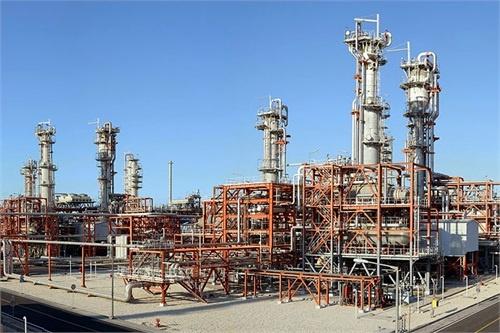 لباس وطنی بر تن پالایشگاههای پارس جنوبی/ دستیابی به تولید روزانه ۶۰ میلیون متر مکعب گاز شیرین