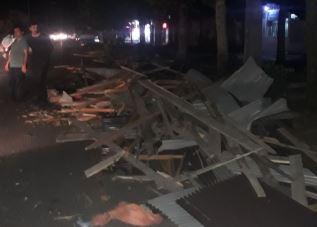 خسارت ۲ میلیارد تومانی تندباد در لنگرود