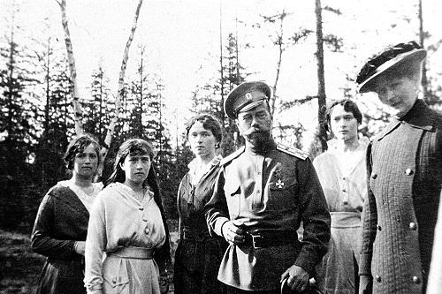 فرمانروایی تزار نیکلای دوم بر تخت سلطنت روسیه + عکس