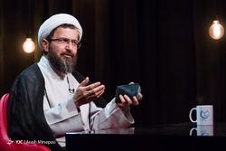 جمهوری اسلامی چقدر با جامعه علوی تناسب دارد؟