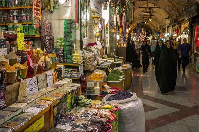 مانور برخورد با اخلال گران بازار ارز در شهر کرمانشاه برگزار شد