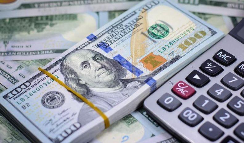 مشکلات عدم بازگشت ارز حاصل از صادرات/ آیا صادرات ریالی منجر به تقویت پول ملی کشور میشود؟