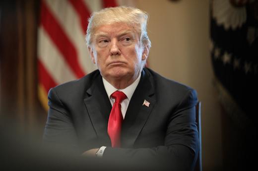 چه کسی ترامپ را از واکنش نشان دادن به سرنگونی پهپاد منصرف کرد؟