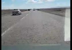 فیلمی از وضعیت اسفناک جاده در محور اردستان - نائین