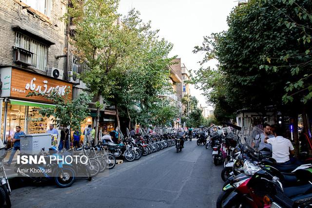 تاریخی در دل خیابلان لاله زار تهران