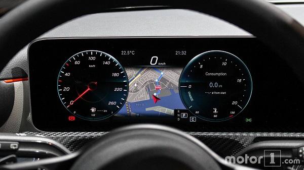 عرضه خودروی هیبریدی مرسدس بنز A250e در پایان تابستان +تصاویر