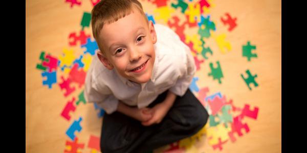اوتیسم؛ بیماری آشنایی که به شدت غریب است