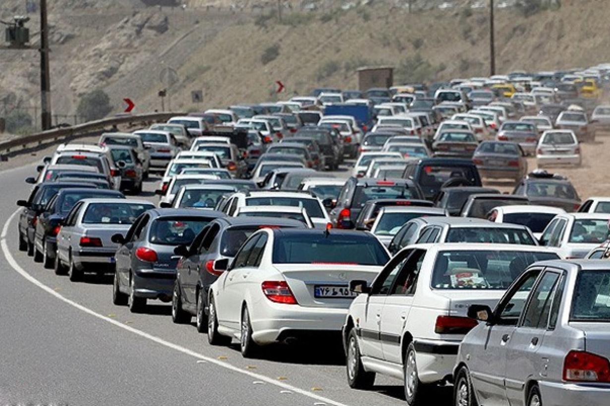حرکت نکردن بین خطوط مهمترین عامل ایجاد بی نظمی در بین رانندگان ایلامی است