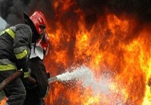 اطفای آتش سوزی در یک فروشگاه شاهرود