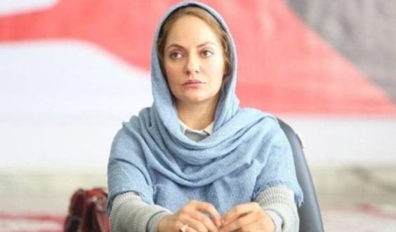 مهناز افشار به ایران بازگشت مهناز افشار به ایران بازگشت موتورسواری مهناز افشار بعد از بازگشت به ایران