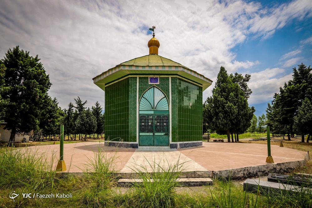 امامزاده قاسم در روستای کارکنده شهرستان کردکوی استان گلستان