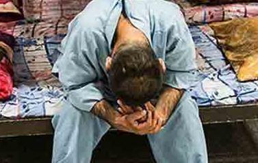 جوانی که بر اثر ضرب و شتم در کمپ اعتیاد جان داد/ برادر مقتول: از عاملان مرگ محسن شکایت و اعضای بدنش را اهدا میکنیم + عکس