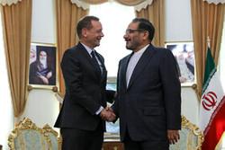 دیدار مشاور دیپلماتیک رئیسجمهور فرانسه با دبیر شورای عالی امنیت ملی