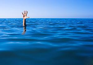 وقتی جاذبه دریا، قاتل شناگران میشود + فیلم