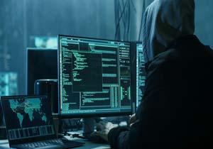 واشنگتنپست: ترامپ فرمان حمله سایبری روز پنجشنبه به سیستمهای کامپیوتری ایران را صادر کرد