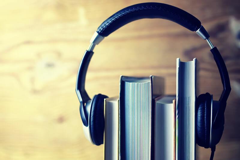 ۱۴۰۰ کتاب صوتی کتابخانه گویای رضوی به استان فارس اهدا شد