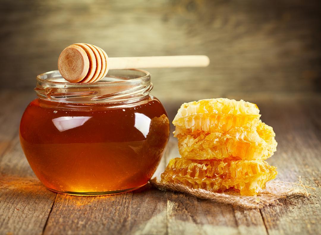 از فواید عسل چه میدانید؟ /خانم های باردار مراقب اضافه وزن خود باشید/ درمانی سریع برای انواع زخمها