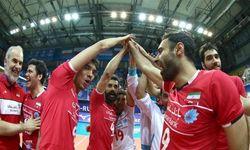 تیم ملی والیبال ایران ۰ - فرانسه ۳/ پیروزی خروس ها مقابل بلند قامتان ایران/ جشن صعود به بلغارستان موکول شد