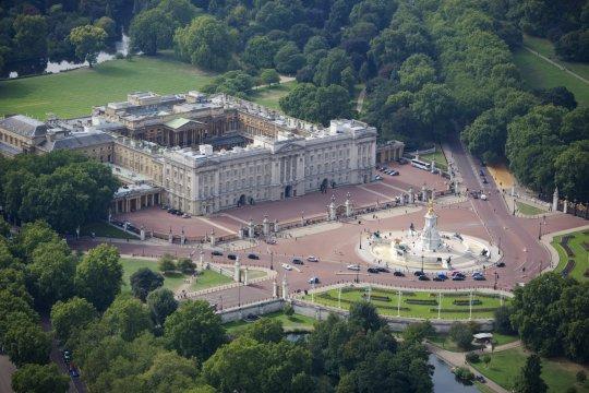 بزرگترین گاف امنیتی کاخ سلطنتی انگلیس در چهار دهه اخیر