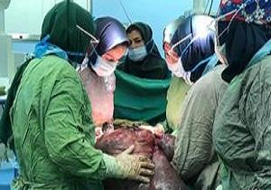 تولد نوزاد دختر به همراه ۳ کیلوگرم توده در قم