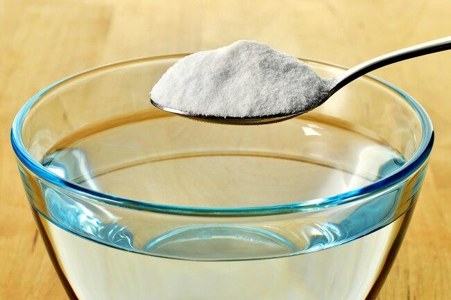 ۸ کاربرد جوش شیرین برای سلامت بدن