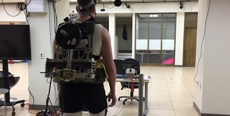 Image result for دانشمندان یک کوله پشتی ساختهاند که با راه رفتن افراد انرژی کسب میکند و حتی میتواند باتری موبایل را شارژ کند.