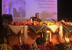 رفتار ما با کسانی که در مقابل انقلاب اسلامی میایستند، خشنتر است/جمهوری اسلامی یک قطب قدرت