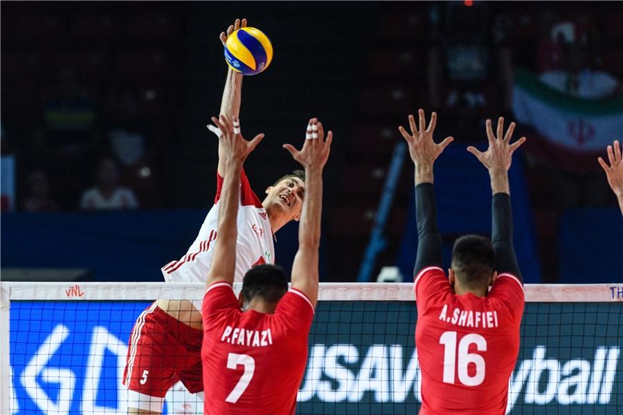 ایران ۱ - لهستان ۱ / گزارش لحظه به لحظه