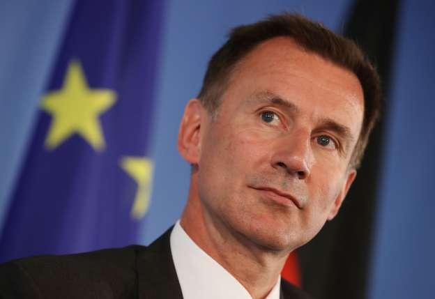 وزیر خارجه انگلیس: نیروی دریایی سلطنتی بیش از حد ضعیف شده است