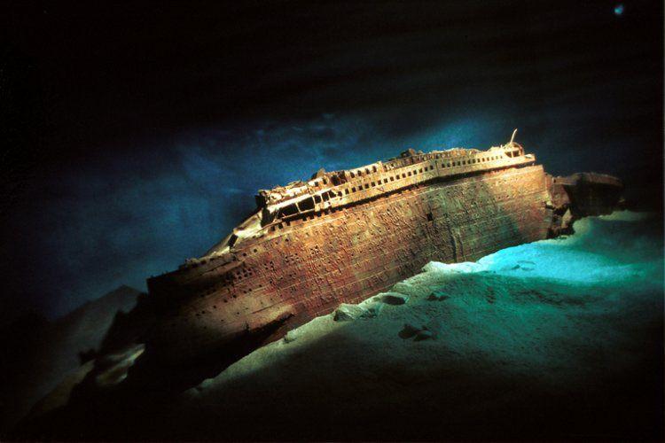 رازهای عجیب و باورنکردنی در اعماق دریا / از کشتی دزدان دریایی و بشقاب پرنده تا اولین شهر جهان!