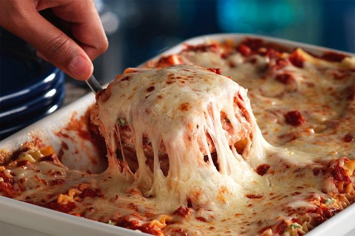 از ساندویچ های پنیر دار تا شیر موز / خوردن این مواد غذایی باهم ممنوع!
