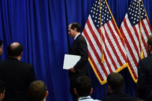 استعفای وزیر کار آمریکا از سمت خود