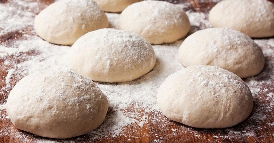 چرا از کیفیت نان کم میشود؟ /از گلایه کشاورزان تا صحبت های کارشناسان برای ارتقاء کیفیت نان