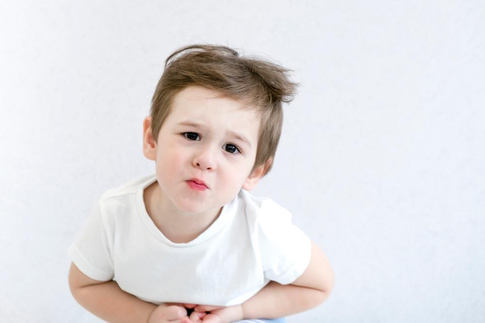 بیماری عجیبی که شکم نوزادان مثل بادکنک باد میکند/ طب سنتی به کمک مبتلایان به هیرشپرونگ میآید