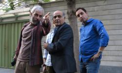زانو زدن بازیگر سریال لیسانسهها مقابل همسرش +فیلم