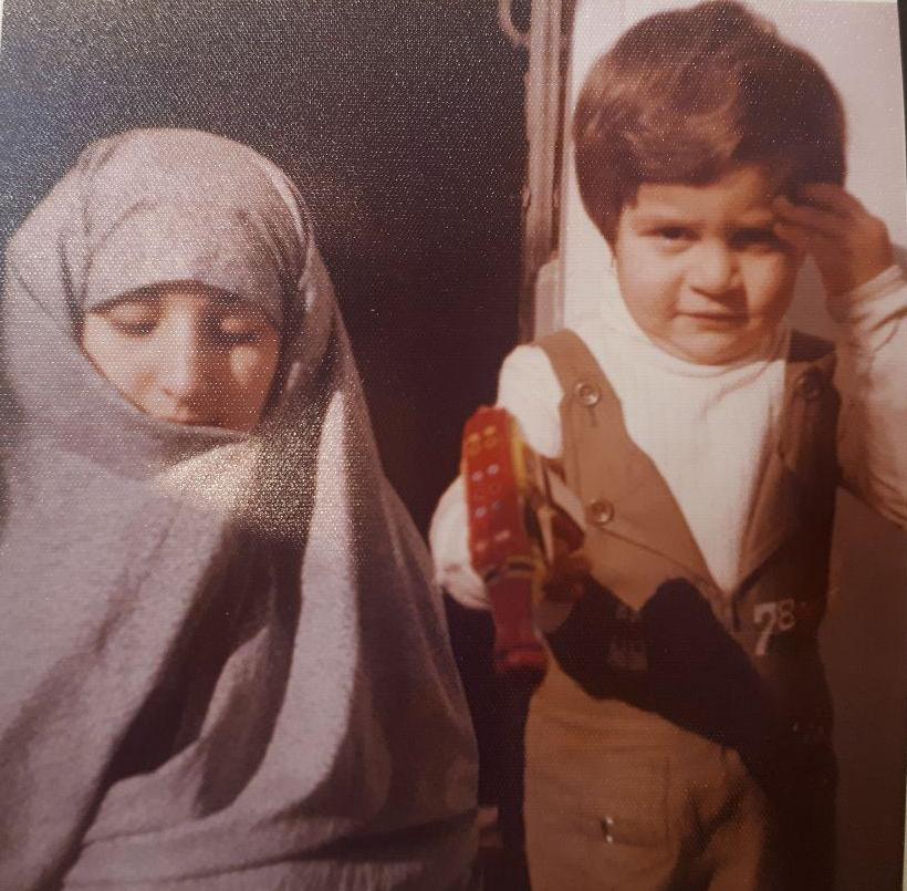 زیر و بم زندگی بانوی ۶۱ ساله پس از شکست سرطان به سراغ تحصیل رفت + تصاویر