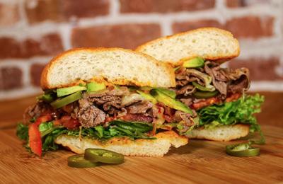 ساندویچ رست بیف با سس قارچ + طرزتهیه