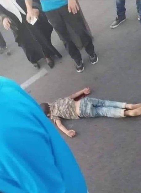 شهادت کودک فلسطینی زیر چرخ خودرو صهیونیستها + تصاویر