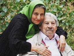 """ماجرای آشنایی تا ازدواج زنده یاد """"داوود رشیدی"""" از زبان همسرش +فیلم"""