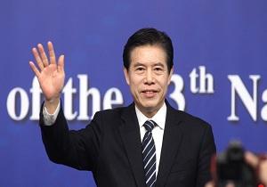 وزیر بازرگانی چین: پکن باید با قدرت در برابر جنگ تجاری آمریکا ایستادگی کند