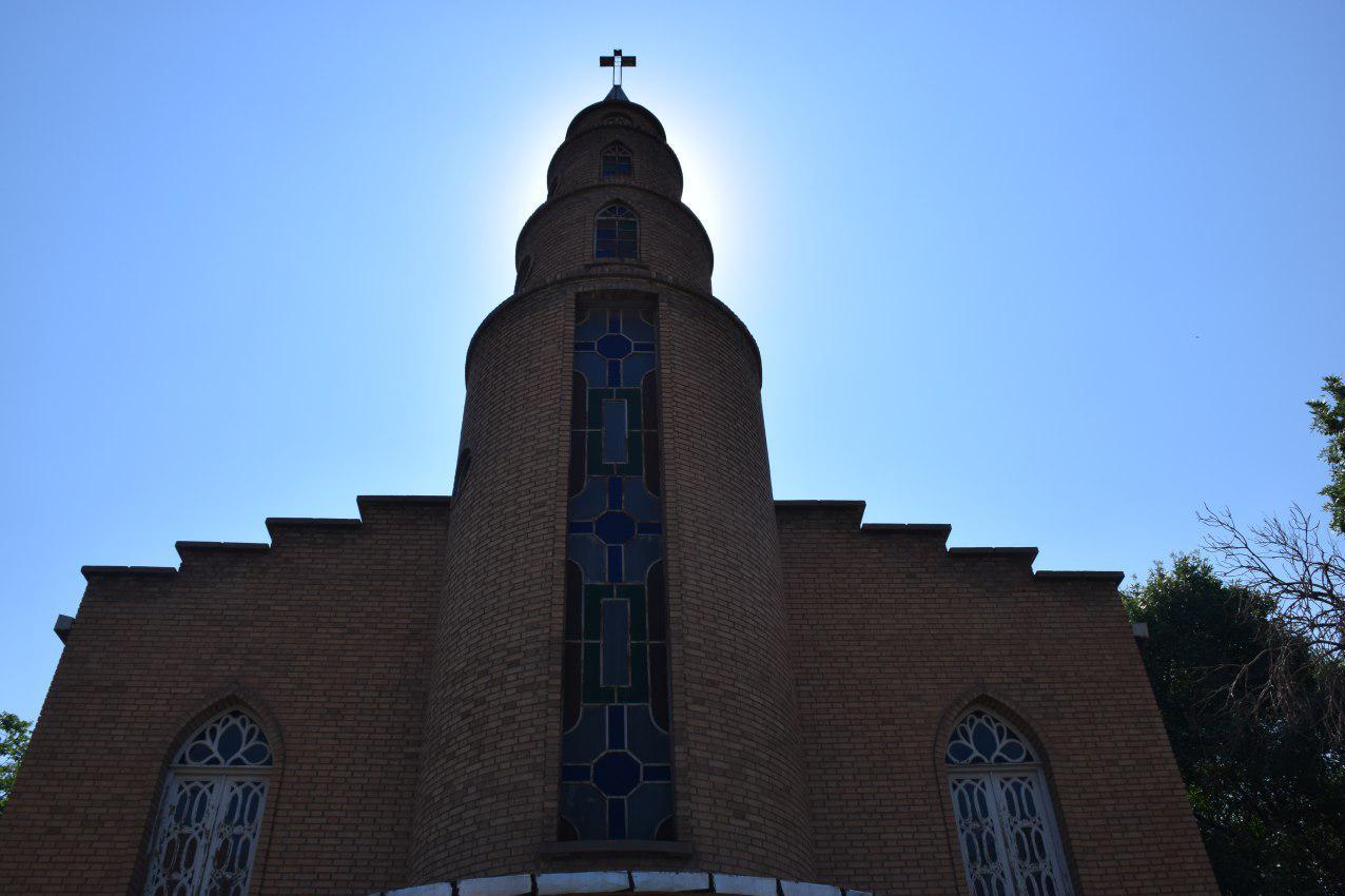 پشت پرده شایعات درباره کلیسای انجیلی تبریز/ صلیبی که هرگز پایین کشیده نشد