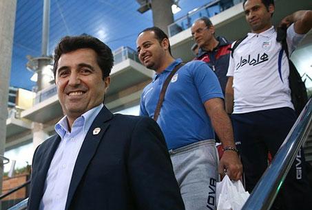 ناظم الشریعه: ویلموتس قول داده بازی های تیم ملی را از نزدیک تماشا کند